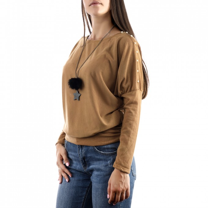 Дамска блуза тип прилеп с колие