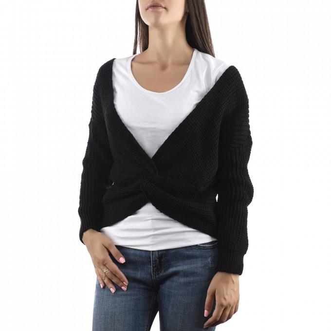 Дамска плетена блуза с преплитане